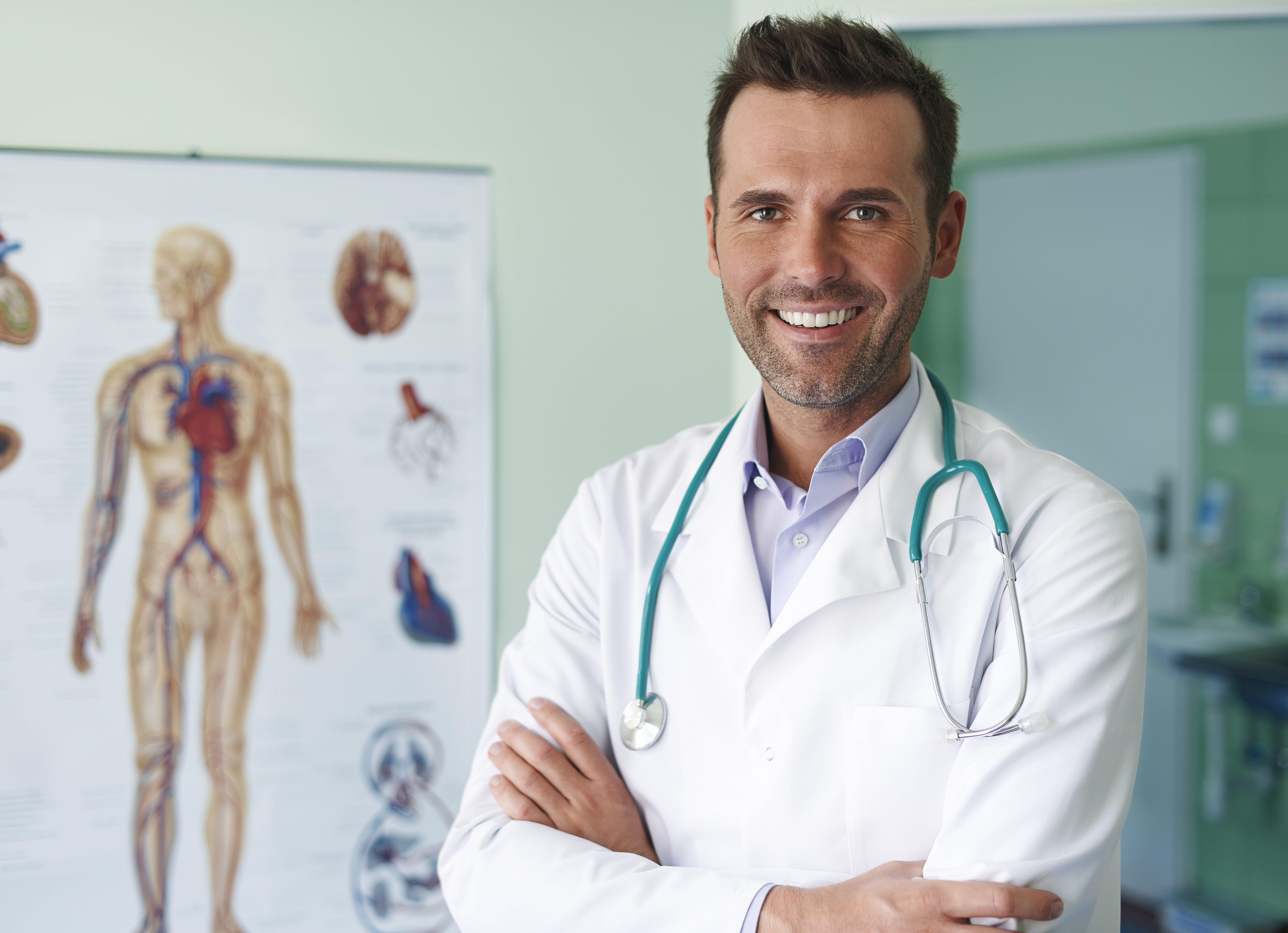 medico-contratar-profesionales