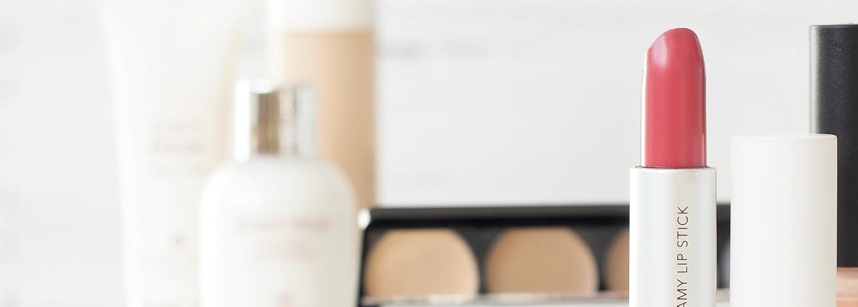 ¿Cómo escoger los cosméticos que utilizas en tu salón de belleza?